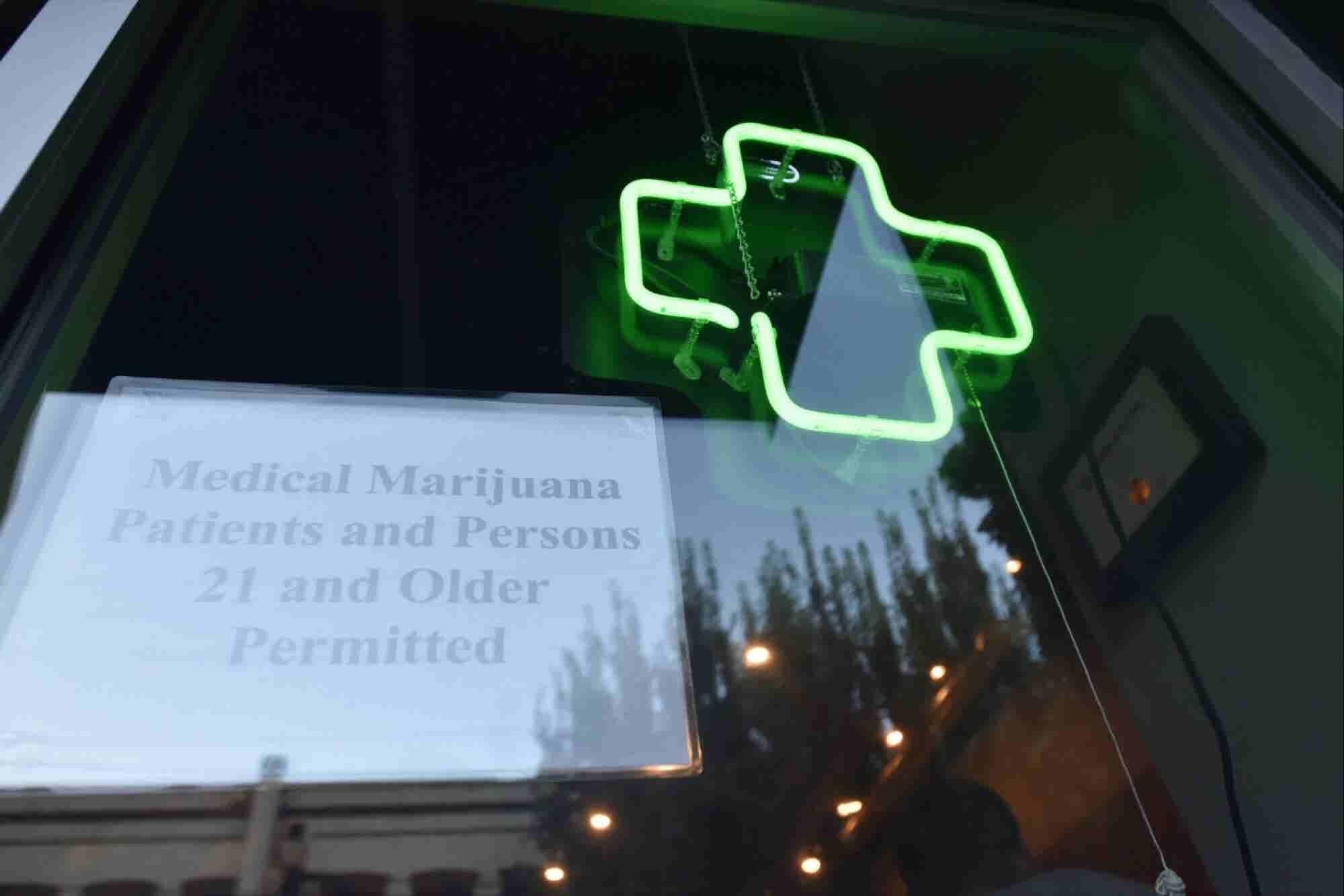 Cannabis Industry Raised $1 Billion in 2016