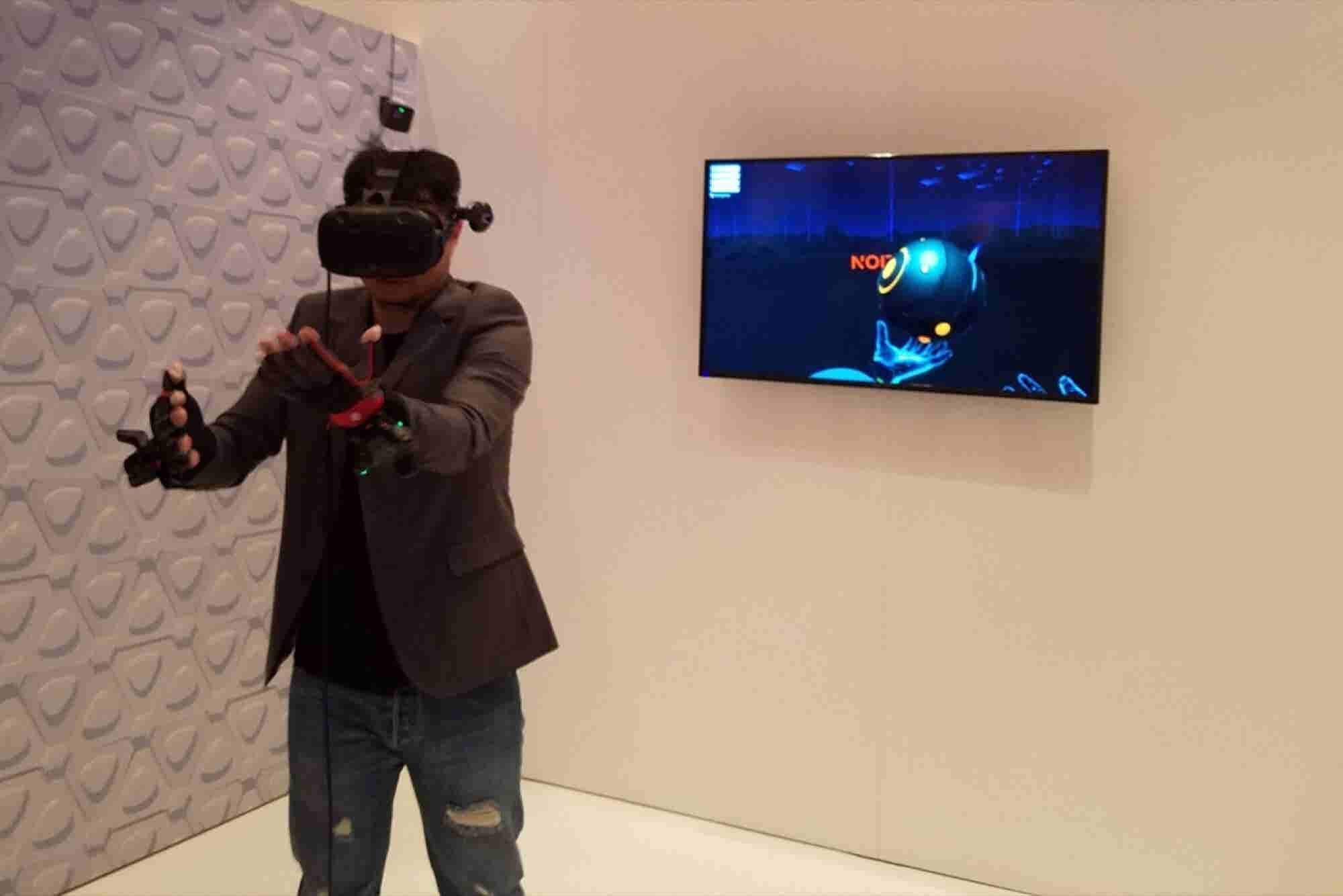 CES 2017: HTC Wants to Drive the VR Revolution -- and It Needs Your Help