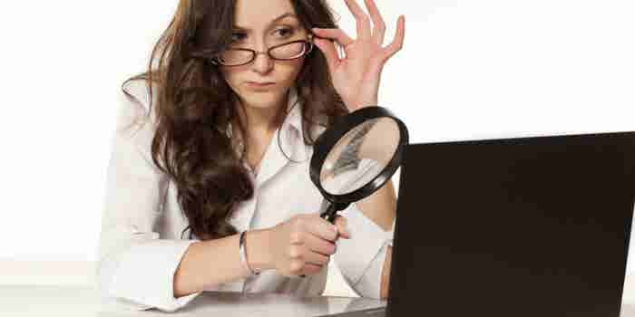 Guía definitiva para identificar noticias falsas en redes sociales