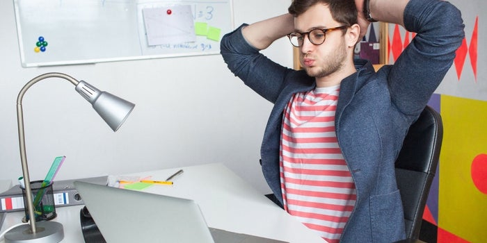 5 maneras fáciles de mitigar la sobrecarga de trabajo en tus empleados