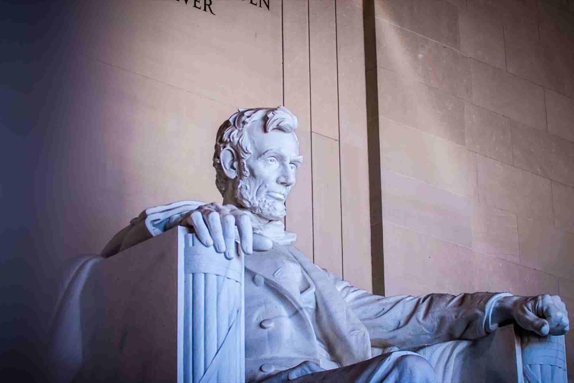 Ahora más que nunca: Reflexiones para una época de crisis de Abraham Lincoln