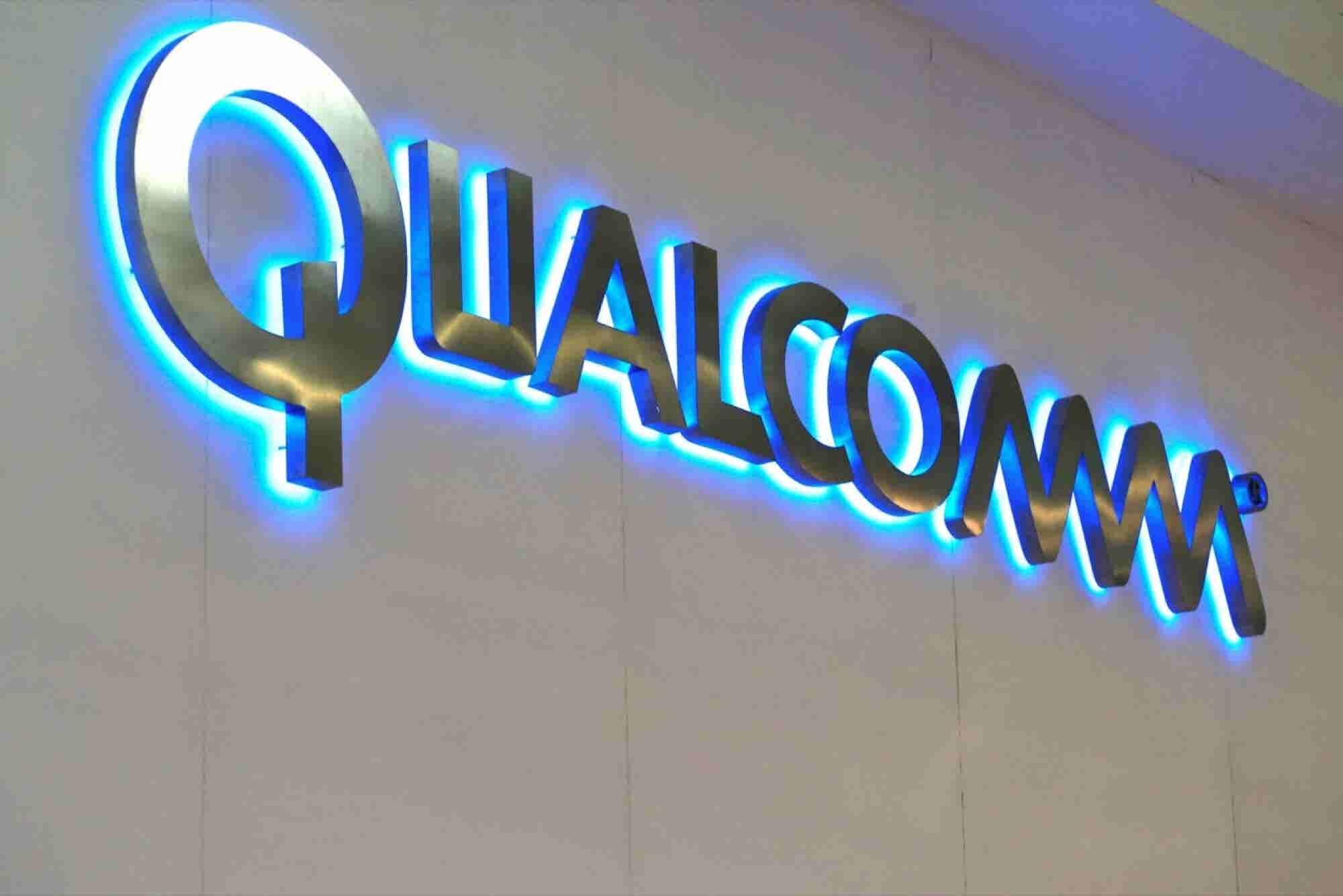 Qualcomm, in Deals With Apple and Others, Violated Competition Laws, Says FTC