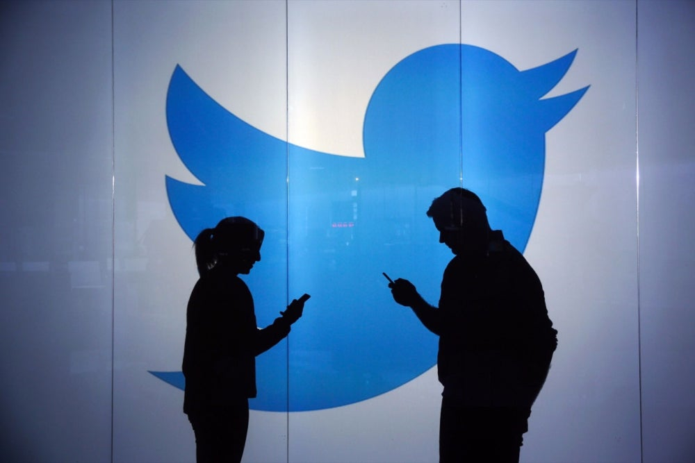 From Losing Weight to Proposing, Here Are 7 Unexpected Ways People Used Twitter