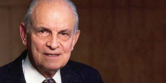 Muere Lorenzo Servitje, fundador de Bimbo, a los 98 años