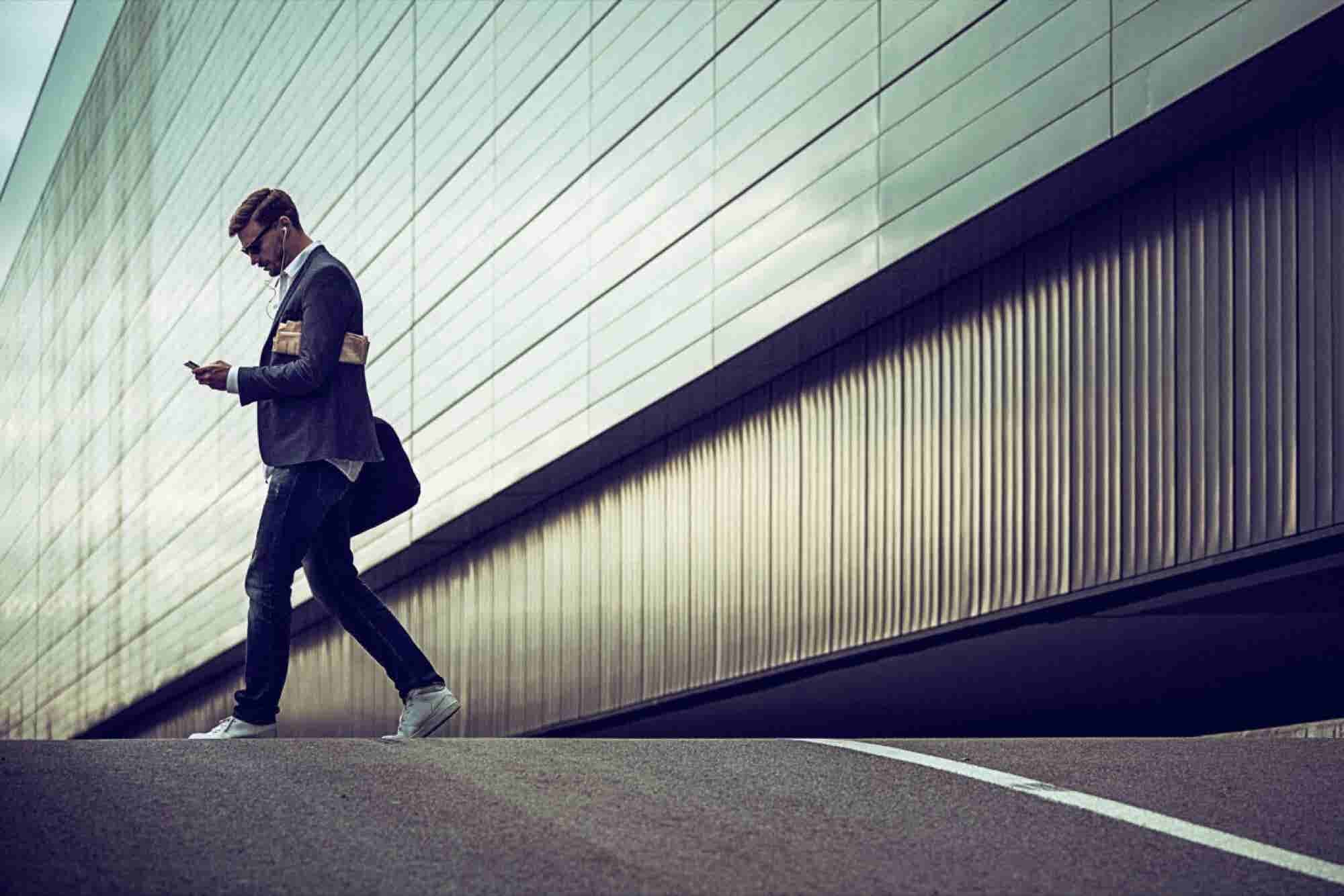 Side Hustler's Life: 5 Ways to Make It Work