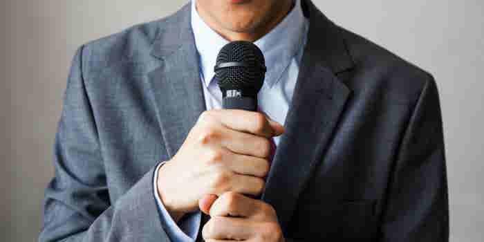 Cómo dar una presentación cuando eres brutalmente tímido