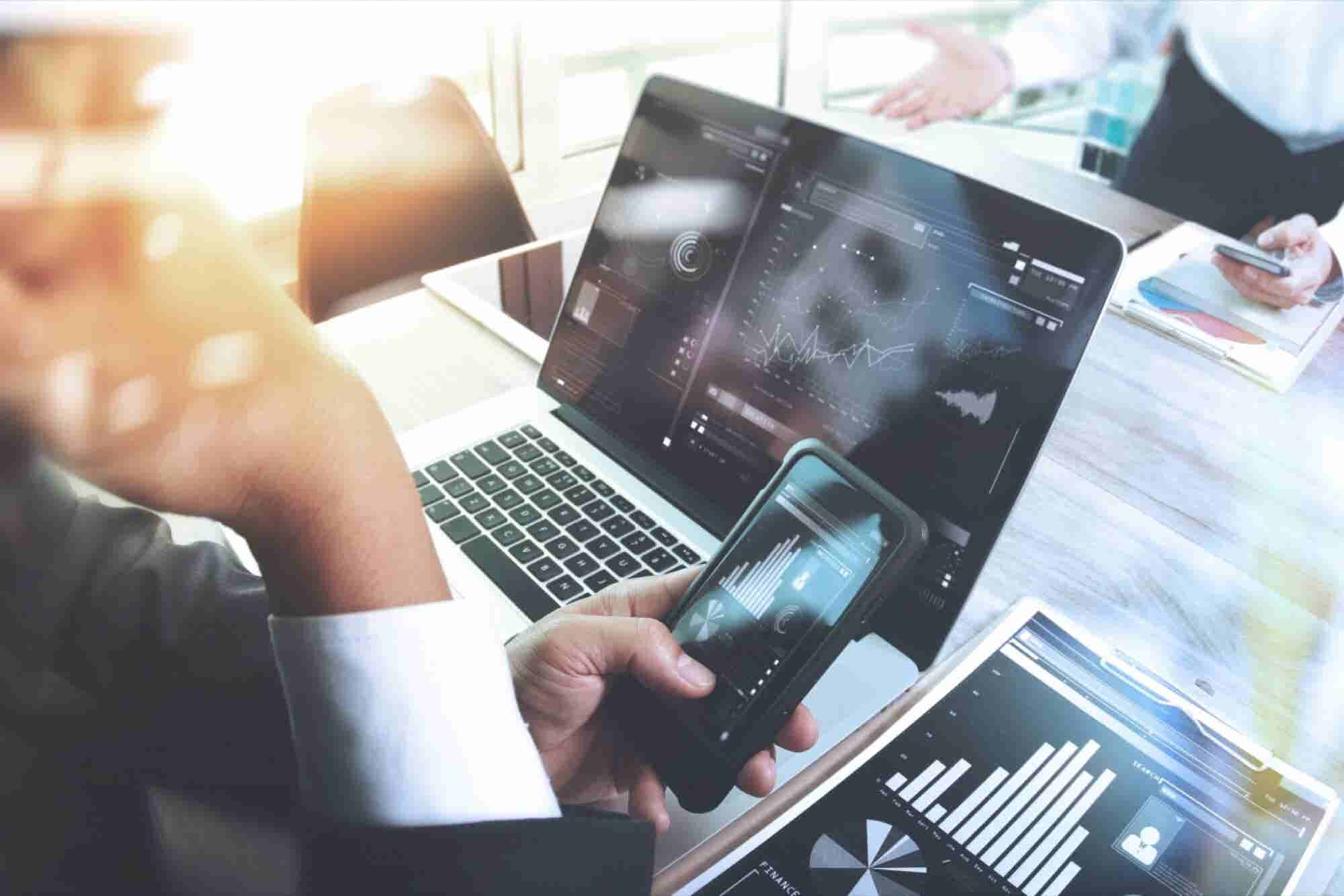 7 Things to Consider Before Launching a Fintech Startup