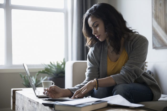 The Freelancer's Approach to Managing Expenses and Getting Paid