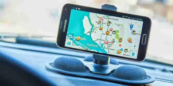 Waze le hará la competencia a Uber en América Latina