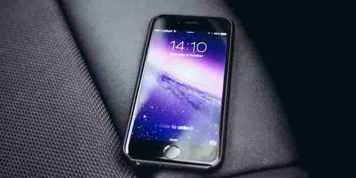 Report: iPhone 8 Ditching Lightning Port and Uses Curved Display