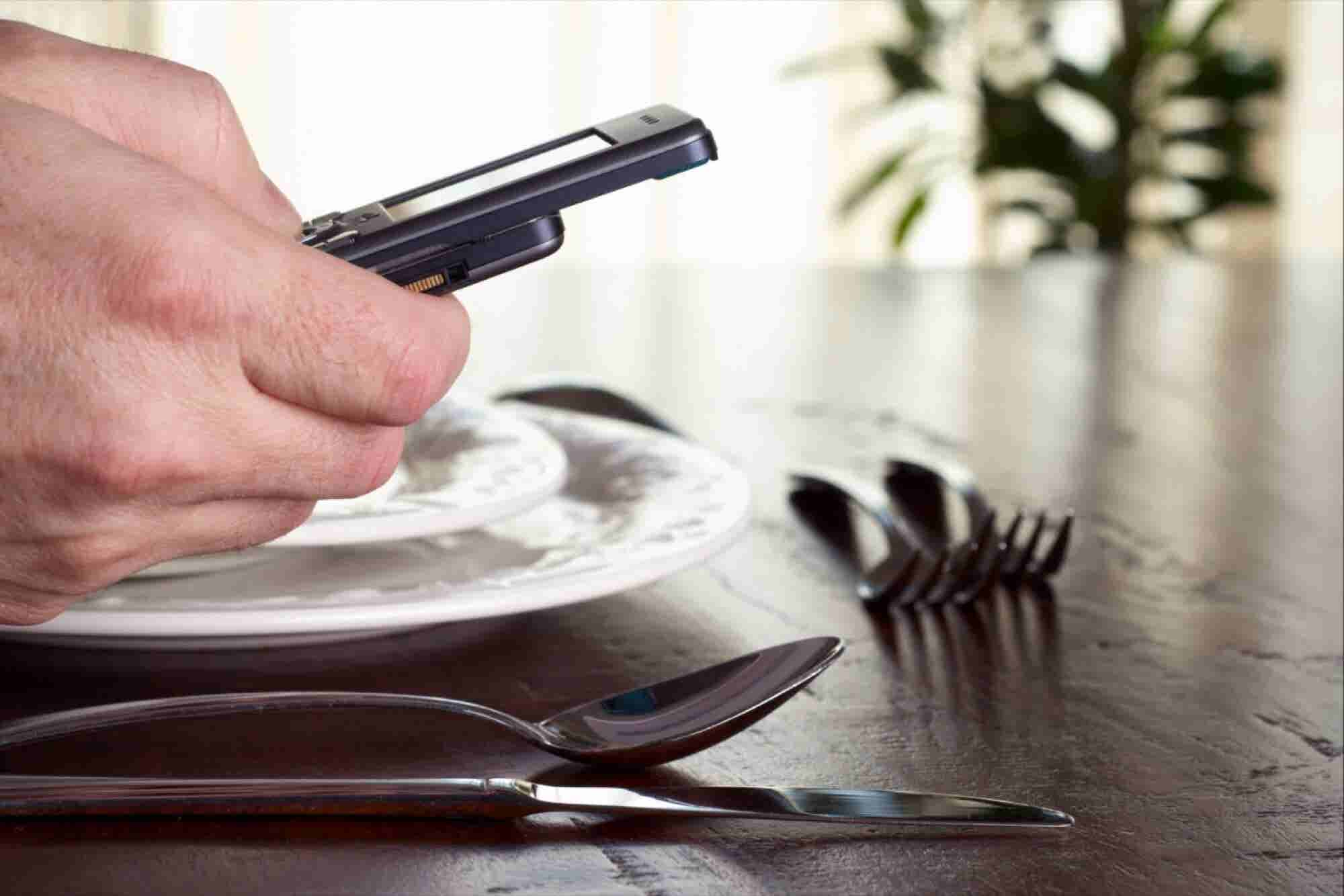 Working From The Dinner Table: How Tech Takes Its Toll On Your Workforce