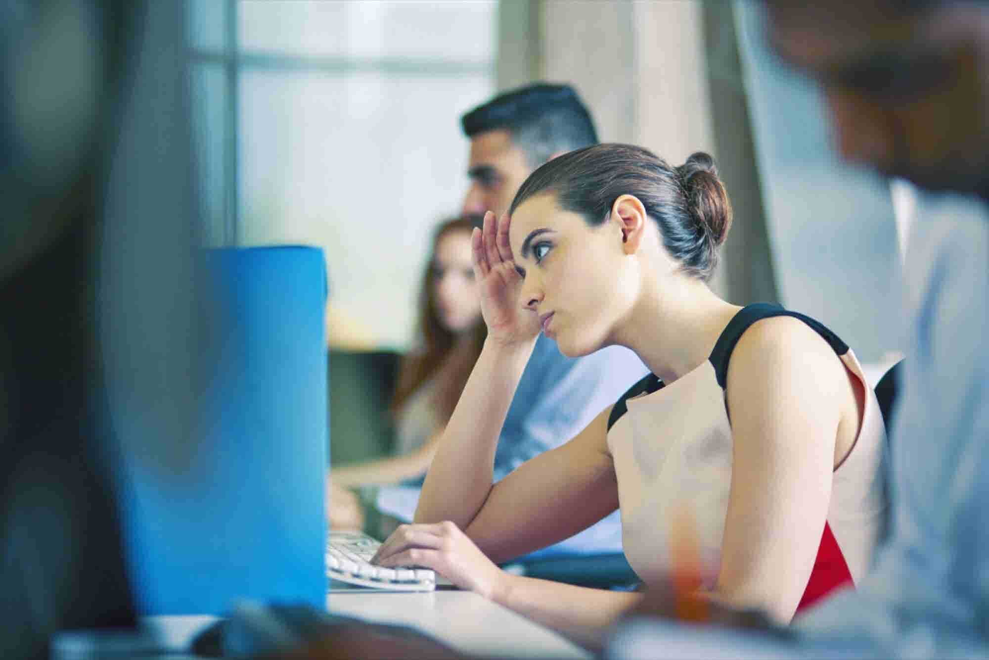 7 Apps and Programs That Will Reduce Office Stress