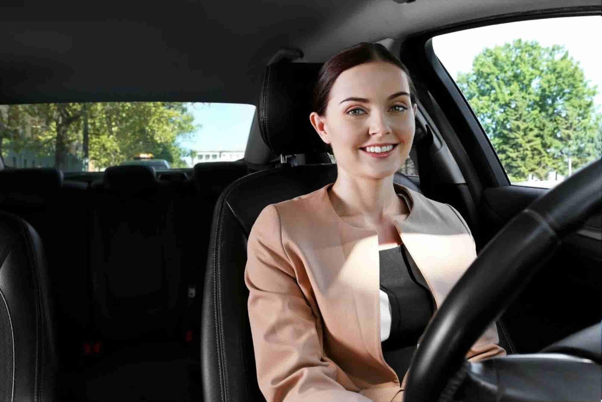 Este es el 'Uber' que pone a las mujeres al volante