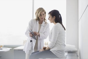 3 Mobile Solutions to Healthcare Industry Problems