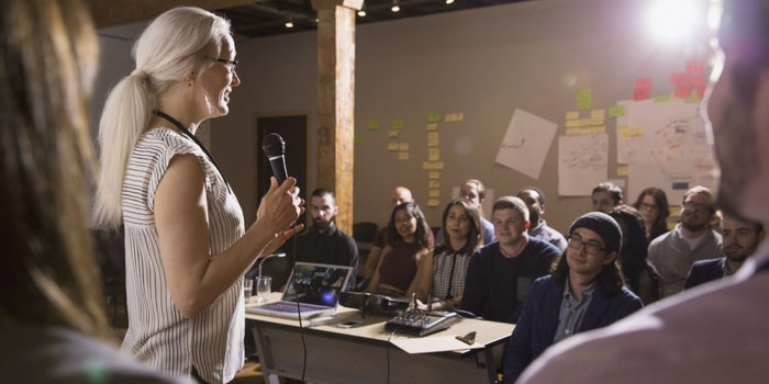 7 Effective Delivery Skills for Public Speaking