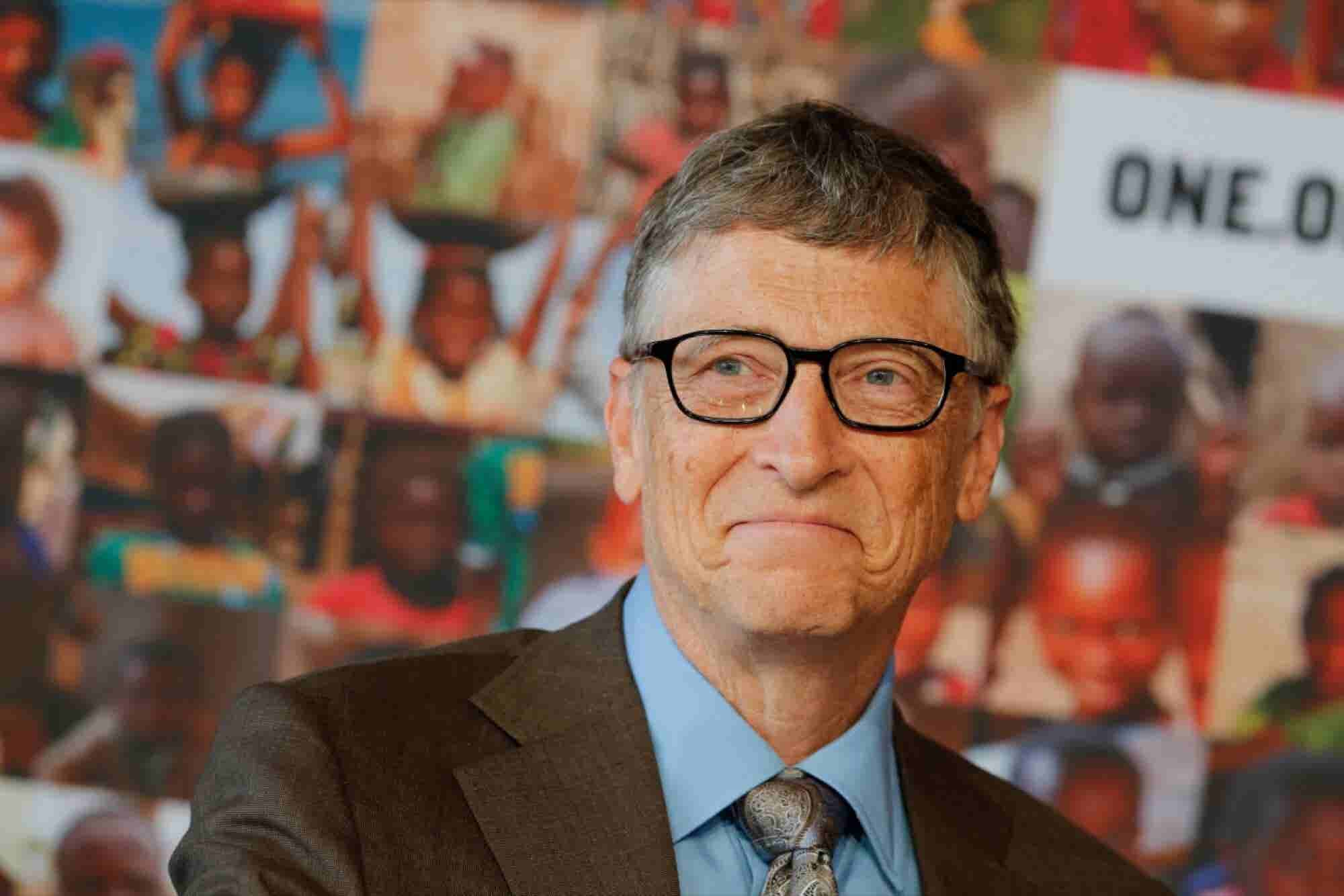 Bill Gates Got an Offer to Be Trump's Science Advisor and 25 Other Wei...