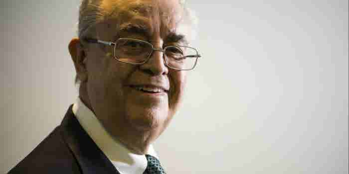 El emprendedor de 80 años que fundó un banco