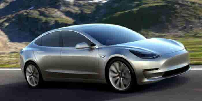 "Elon Musk da una ""probadita"" del Tesla Modelo 3"