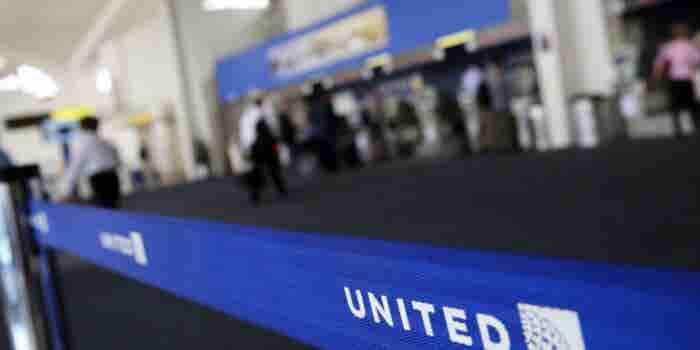 Por qué United Airlines prohibió la entrada a dos jóvenes por usar leggings