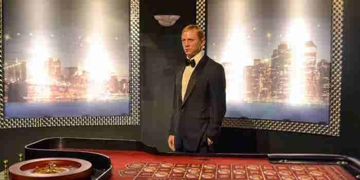 Tips de relaciones públicas de James Bond