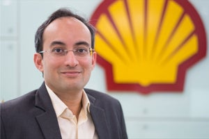 #4 Leadership Goals One Can Learn the India Chief of this European Oil Major