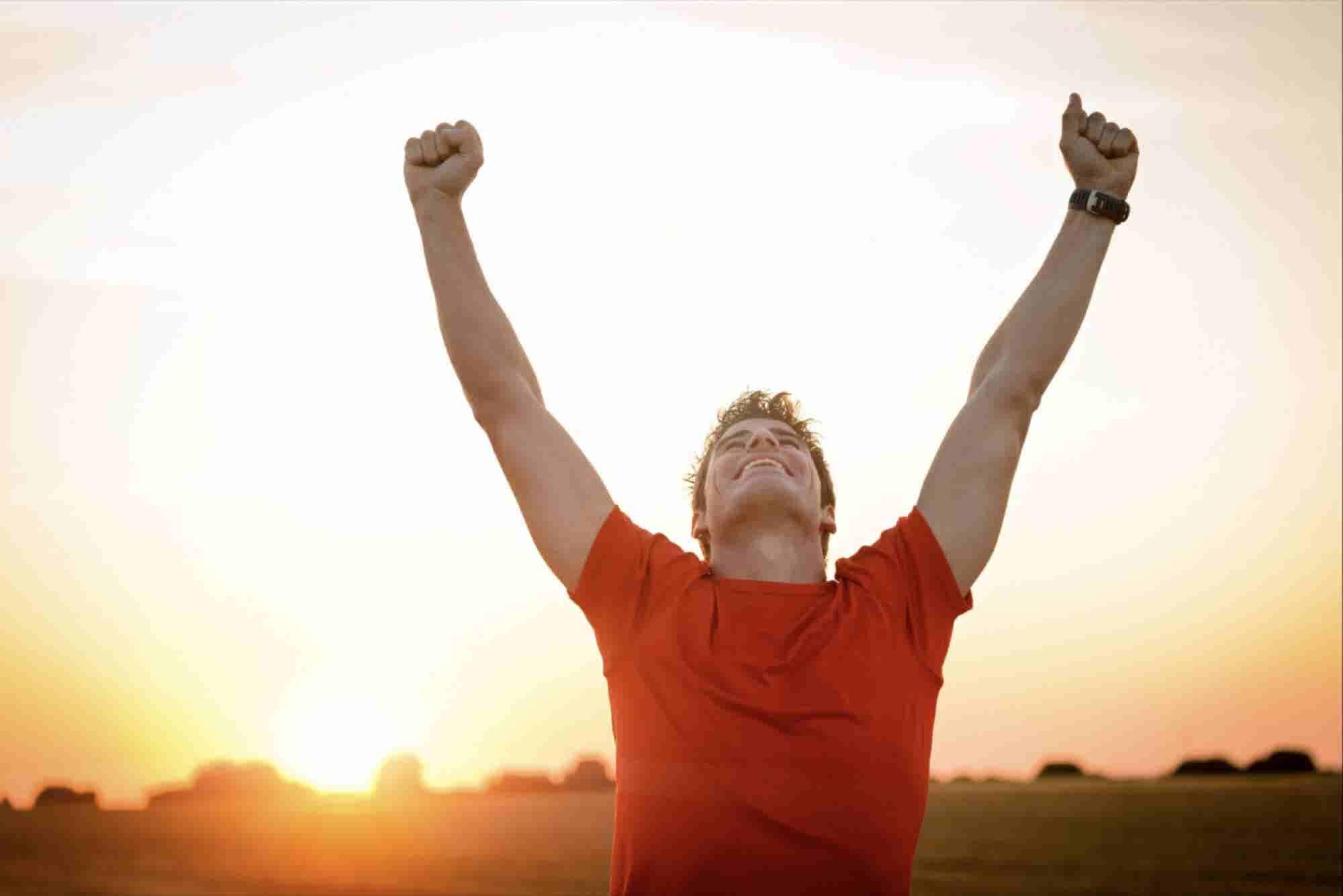 Cómo ser feliz en el camino al éxito