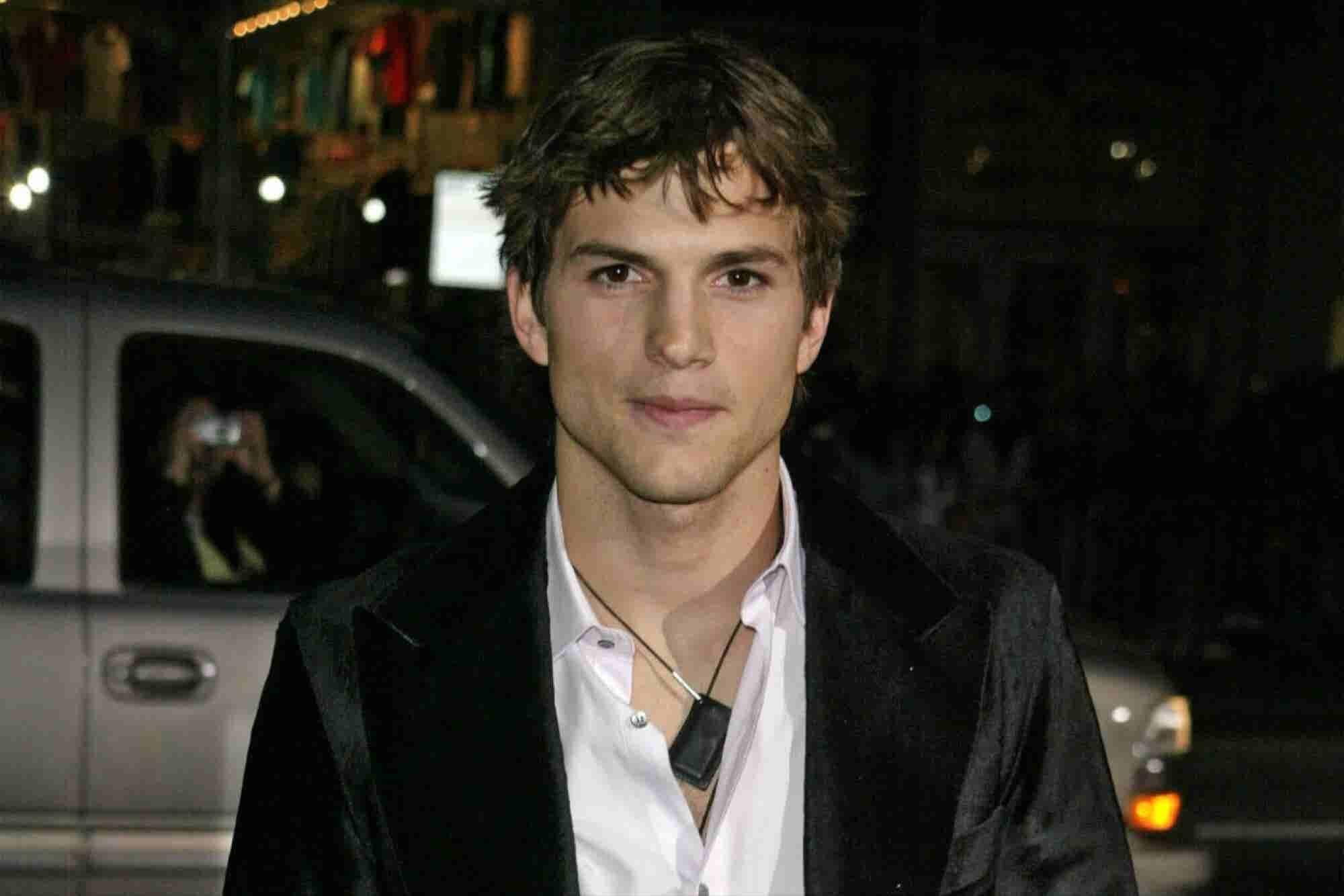 Por esta razón lloró Ashton Kutcher