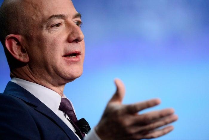 How to Make Decisions Like Jeff Bezos