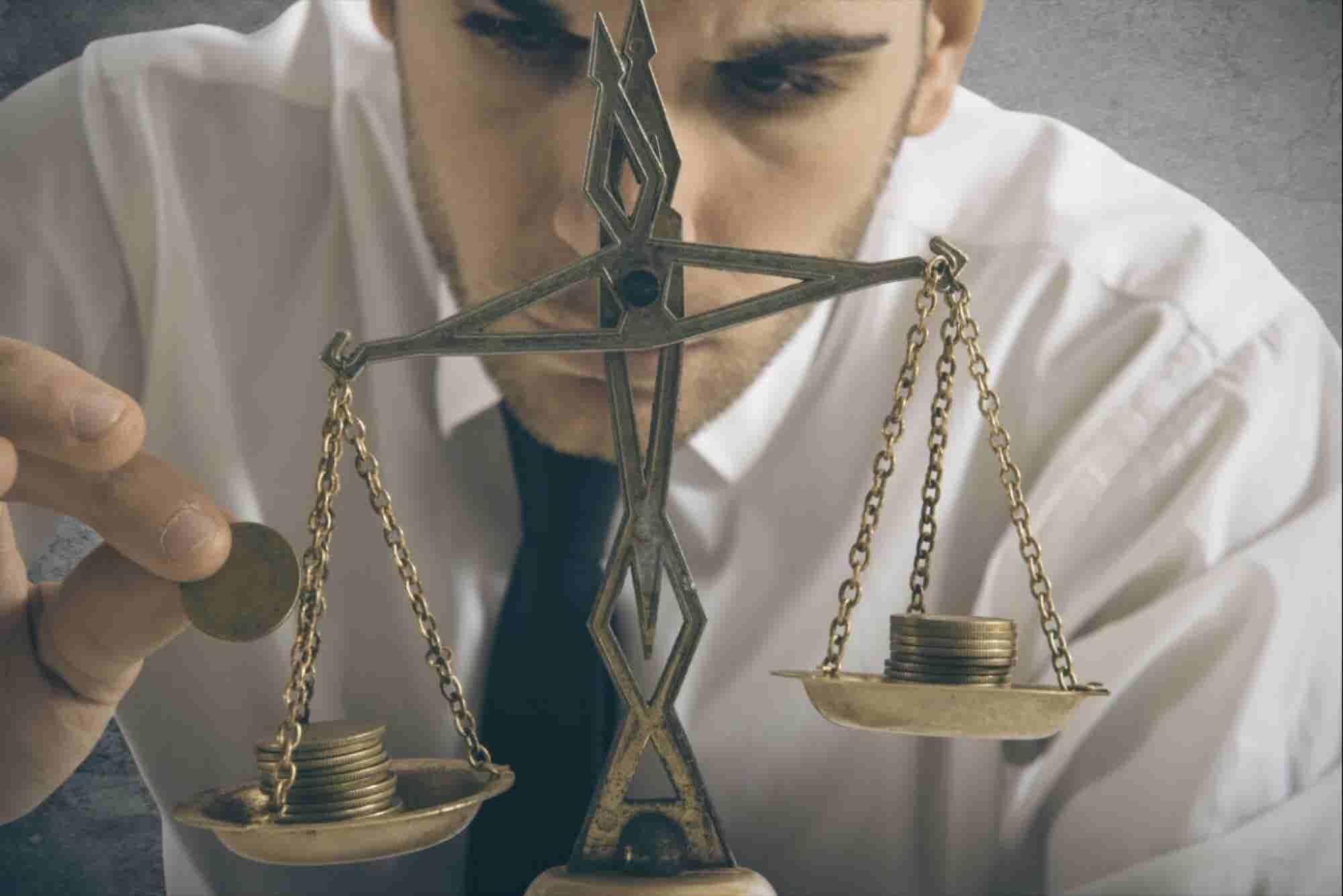 Separa tus finanzas personales de tus negocios