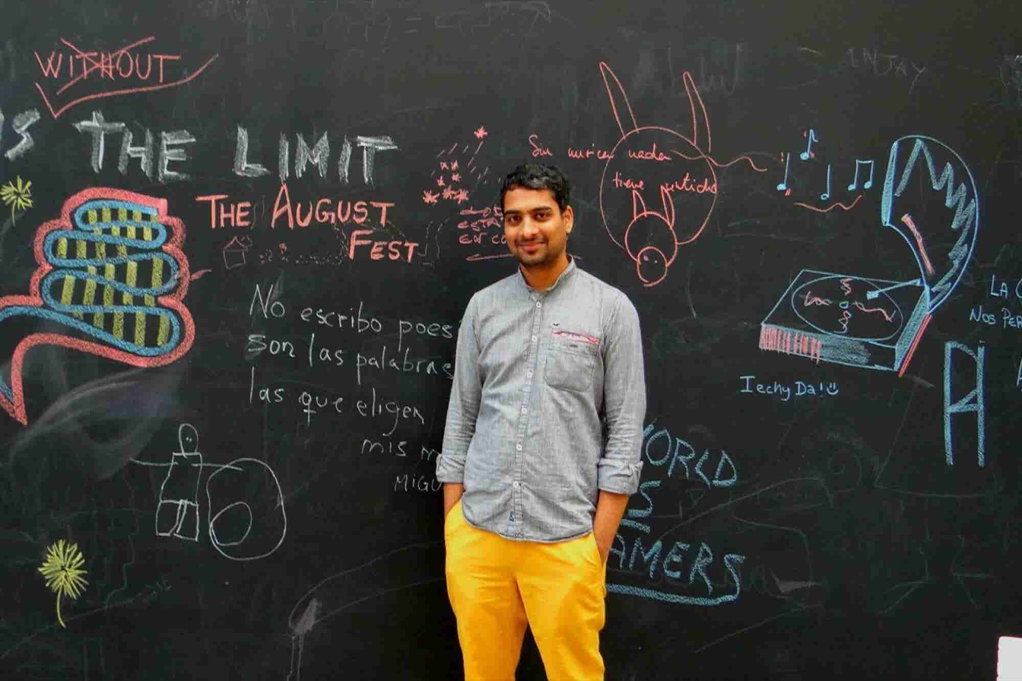 This Indian Entrepreneur Holds Events Globally From Belgium Through WhatsApp
