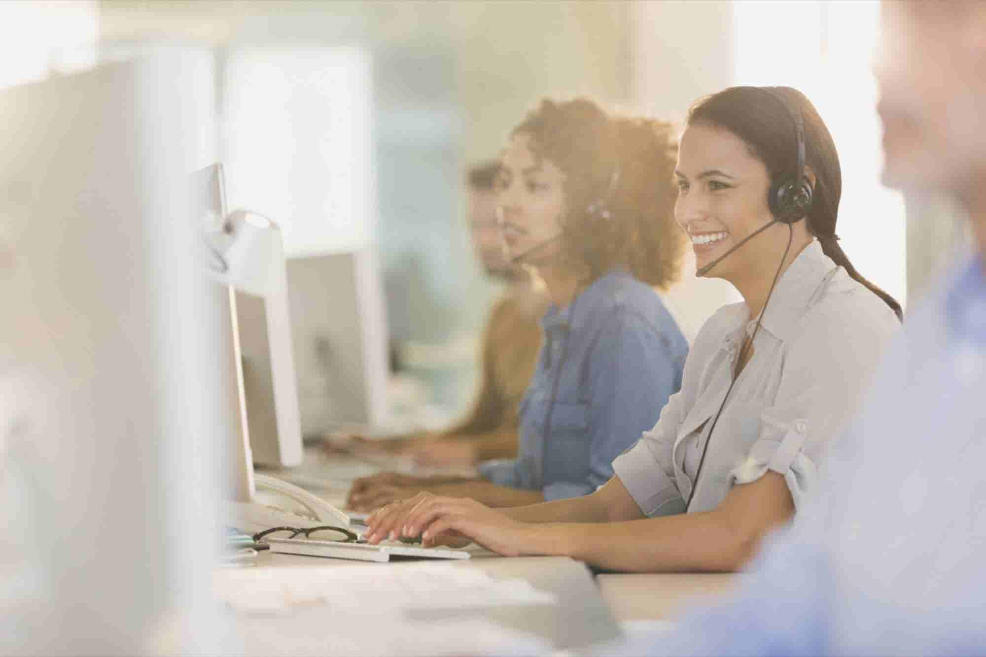 6 Ways Your Customer Service Department Can Generate More Revenue