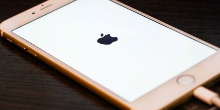 Apple Becomes First Company Worth More Than $800 Billion