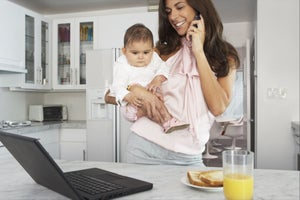 5 Tips For Juggling Motherhood and Running a Company