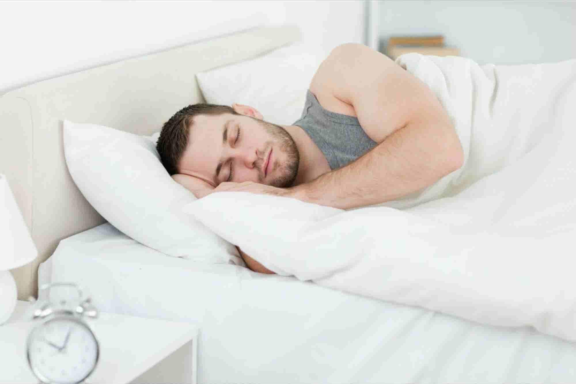 Con estos trabajos de medio tiempo puedes ganar dinero hasta dormido
