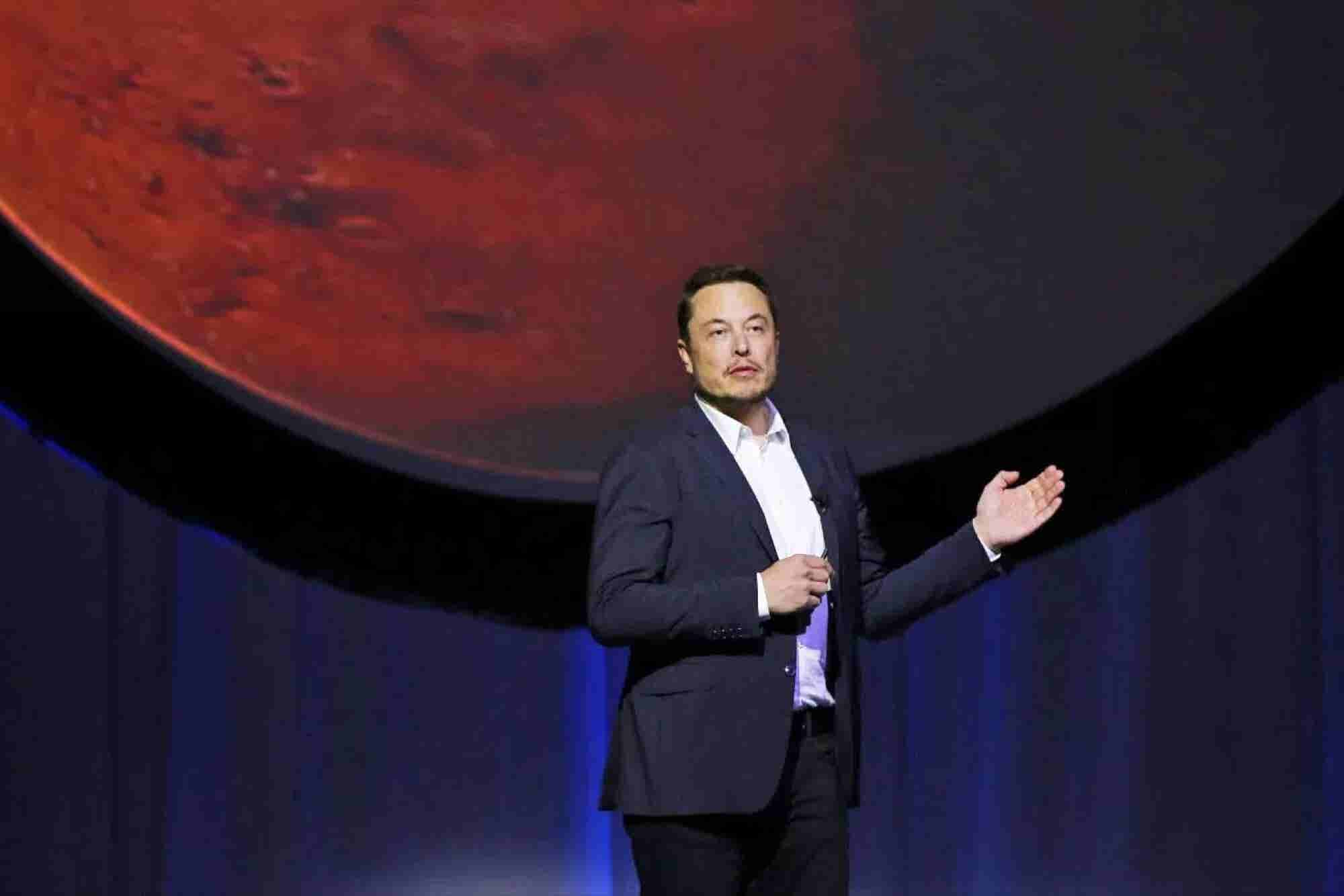 SpaceX Settles With Underpaid Employees for $4 Million