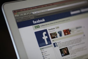 Connection Matters: Small Businesses on Facebook Learn From Each Other