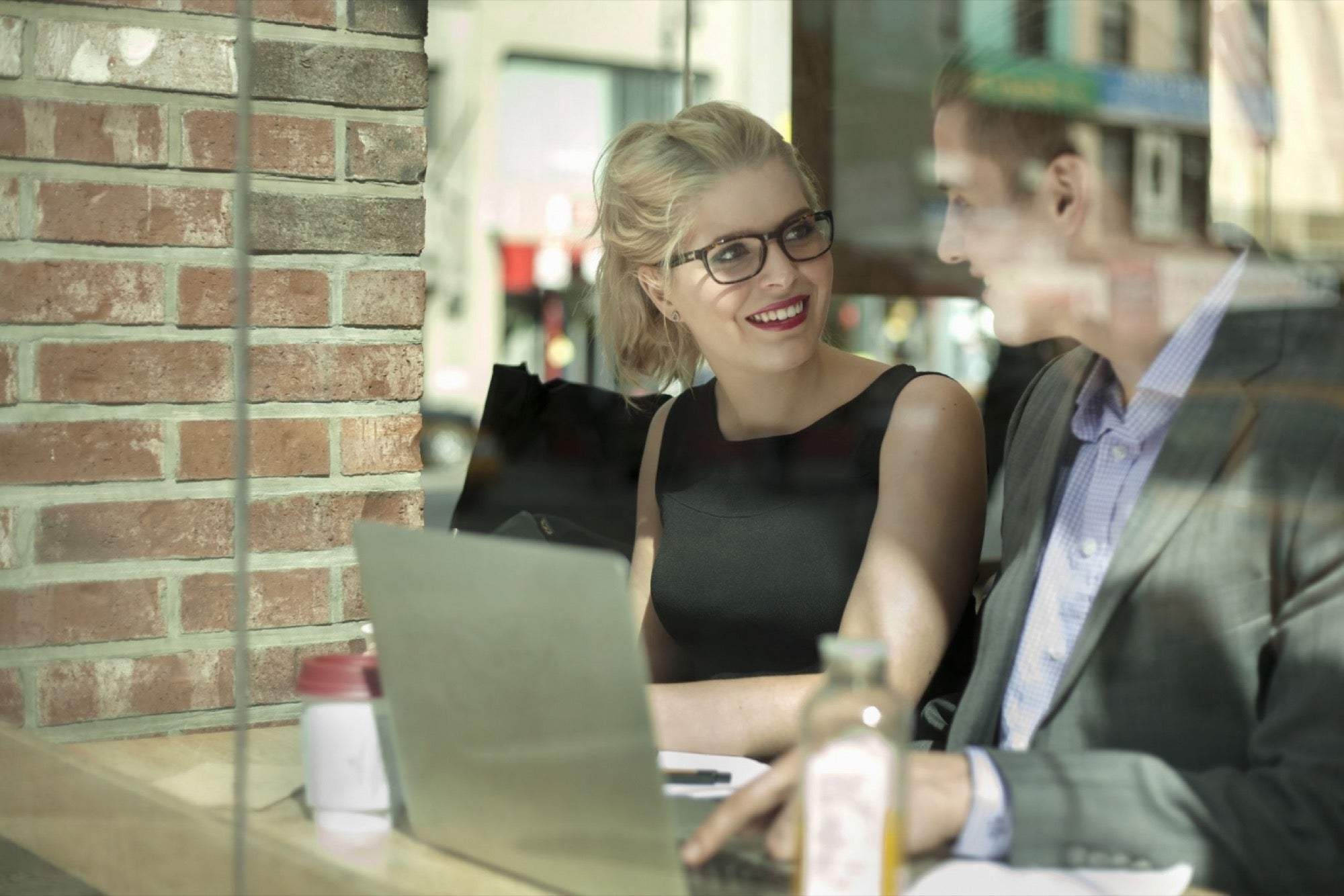 10 Ways to Connect With Absolutely Anyone You Meet