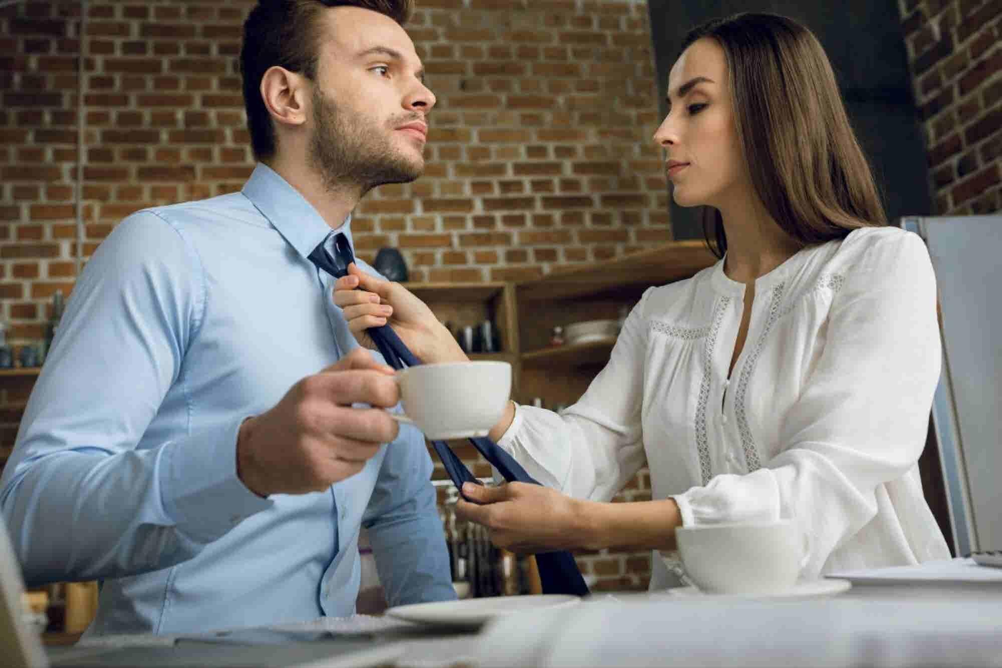 ¿Quieres transmitir autoridad? 5 claves para lograrlo con tu vestimenta