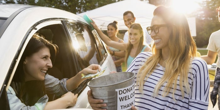 10 Ways Small Businesses Can Give Back Without Breaking the Bank