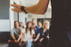 Ask the Etiquette Expert: How to Give a Presentation Without Falling Apart