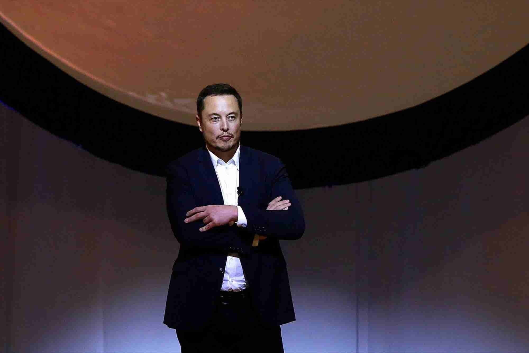 Elon Musk Brings His Mars Plan Before the Scientific Community