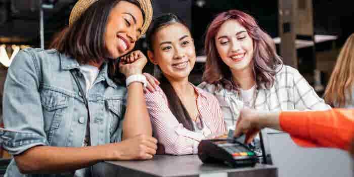 Estas son las 7 características que vuelven a una tarjeta de crédito ideal