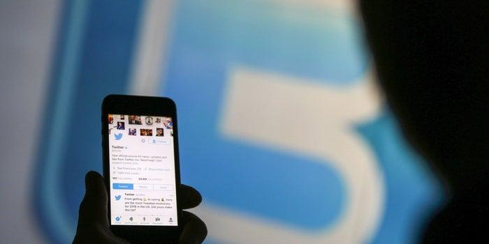 3 Surprising Ways Hiring a Copywriter Off of Twitter Increased My Gross Revenue