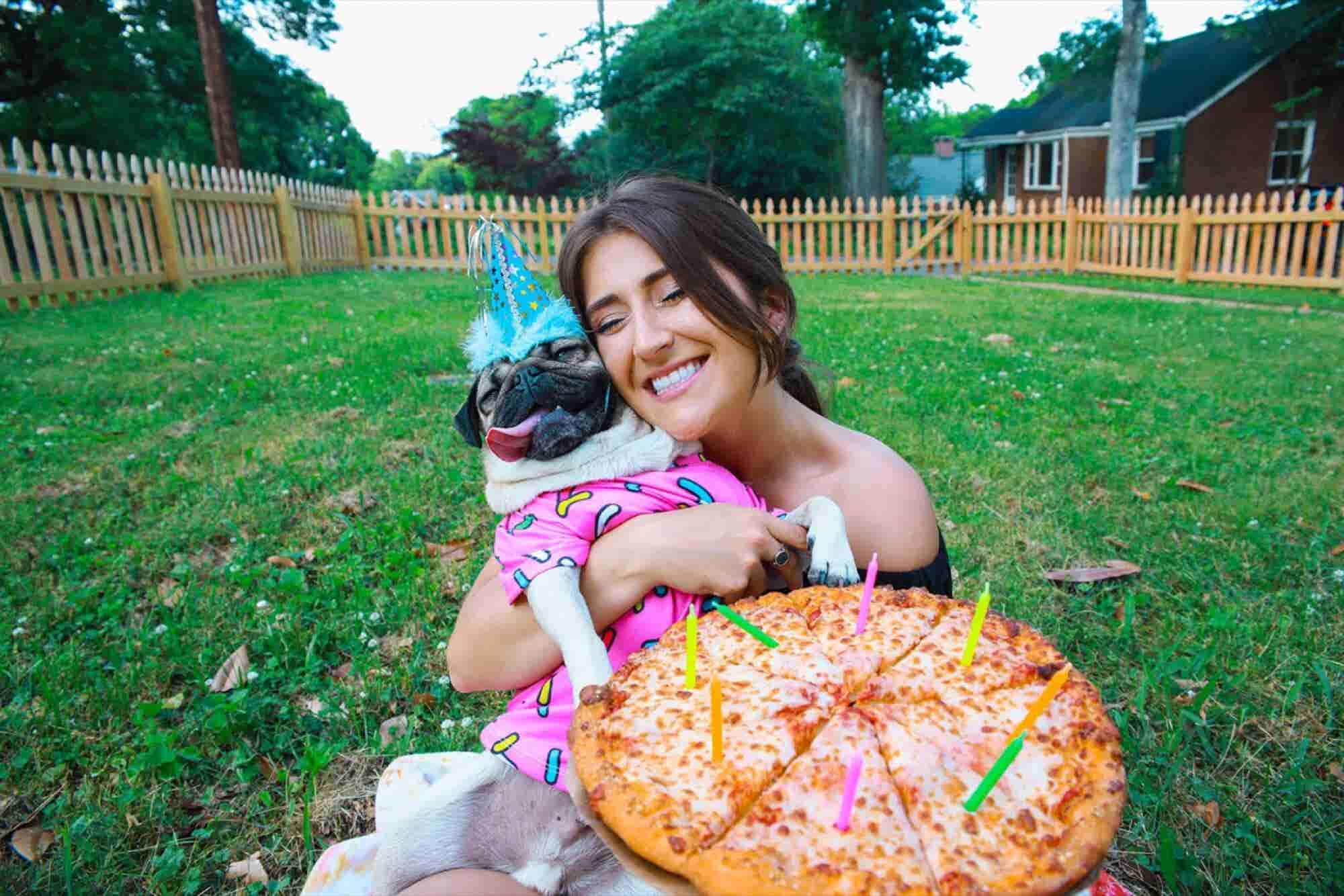 The Secrets of the Woman Who Quit Her Job and Made Her Pug an Instagram Celebrity