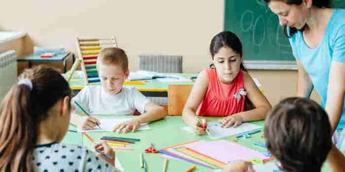 Cómo poner una academia de arte infantil