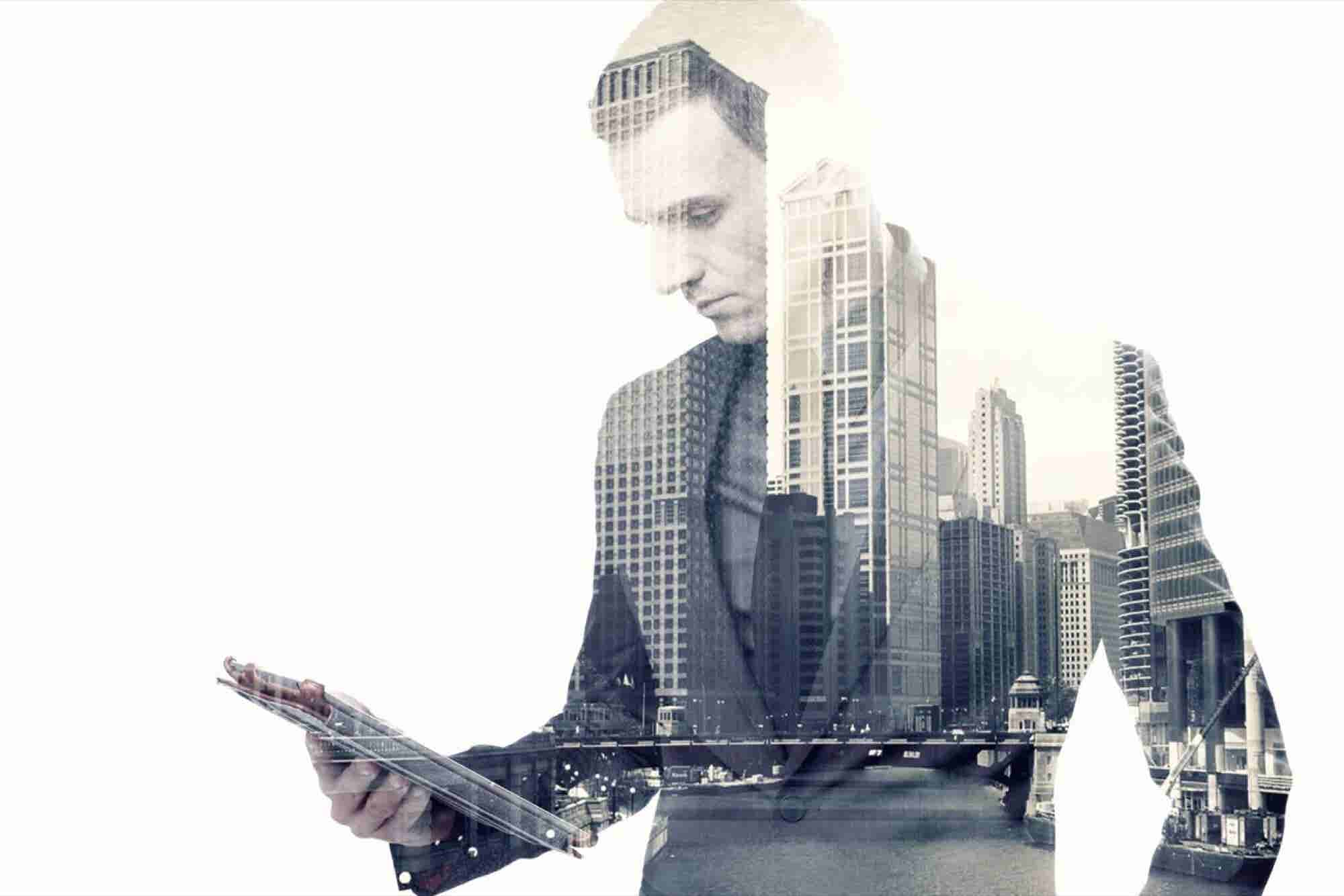Four Ways To Close The Digital Leadership Gap