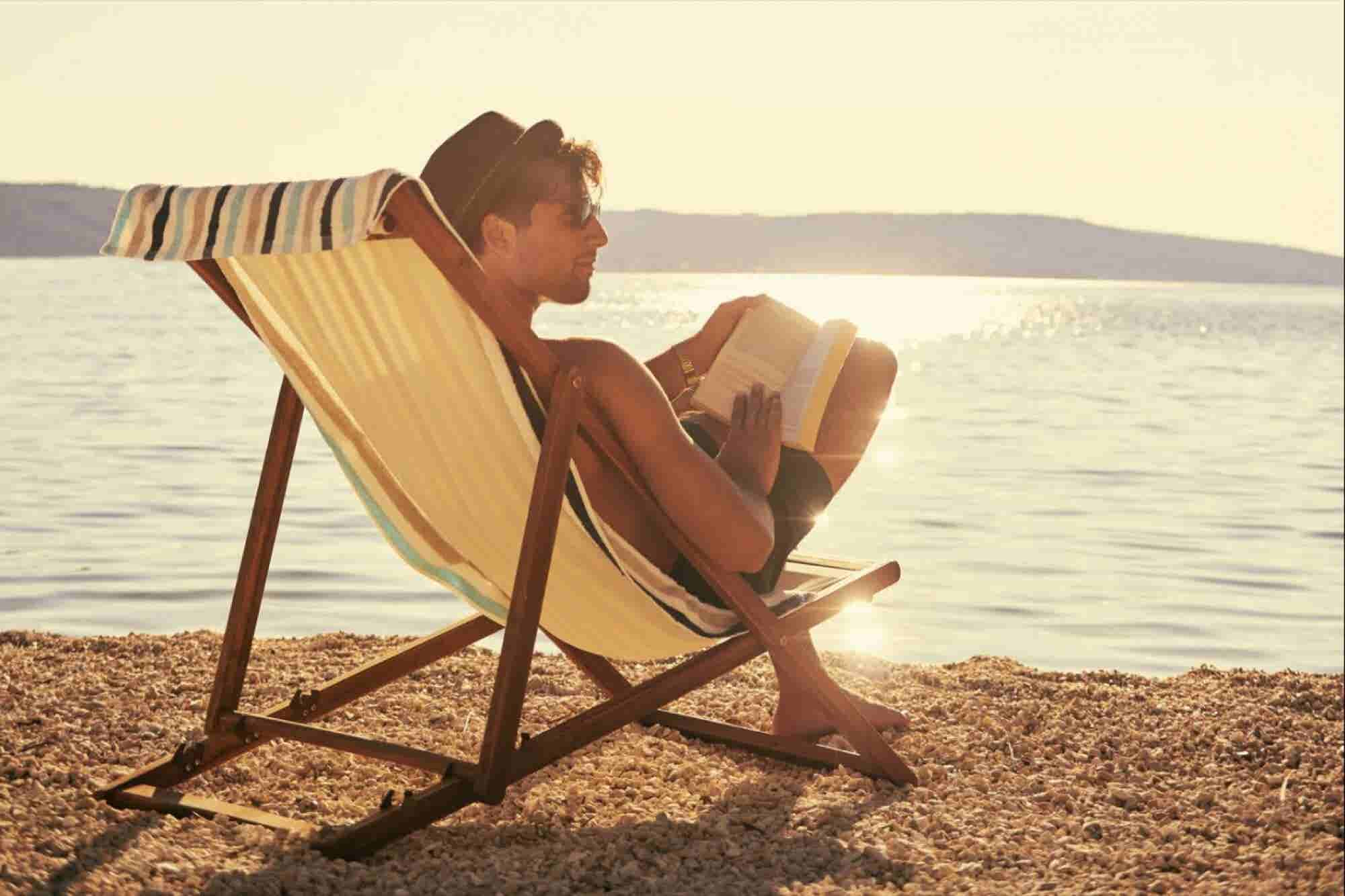 4 Great Summer Books for Sales Executives