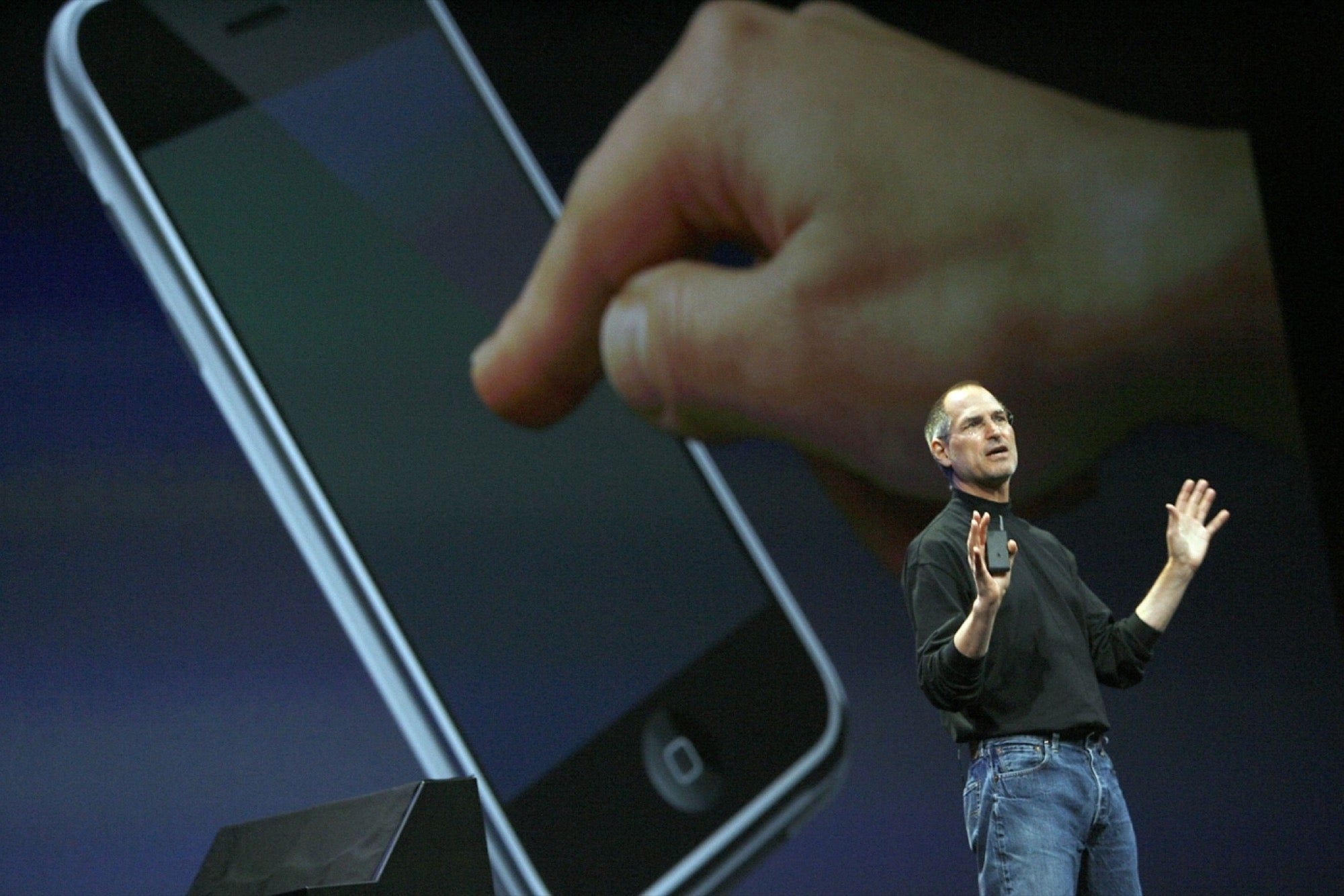 How Steve Jobs Mislead a Room Full of Tech Media and Changed the World