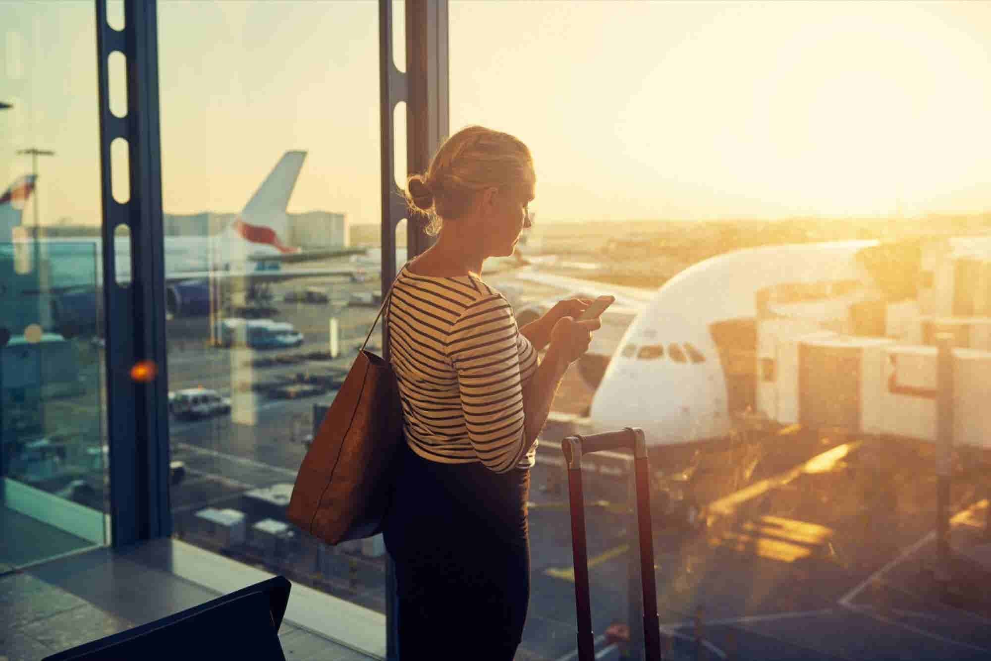 Wi-Fi or Cell? Here's What Travelers Should Use at Airports Across Nor...