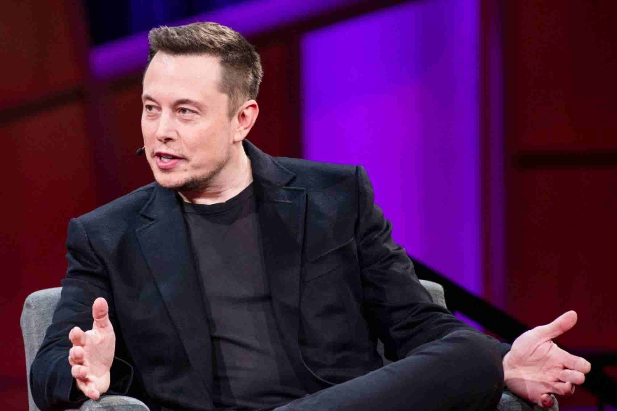 Elon Musk Says Mark Zuckerberg's Understanding of AI Is 'Limited' After the Facebook CEO Called His Warnings 'Irresponsible'
